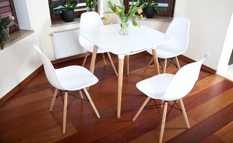 Nowoczesny Zestaw Stół 4 Krzesła Kolekcja Mediolan